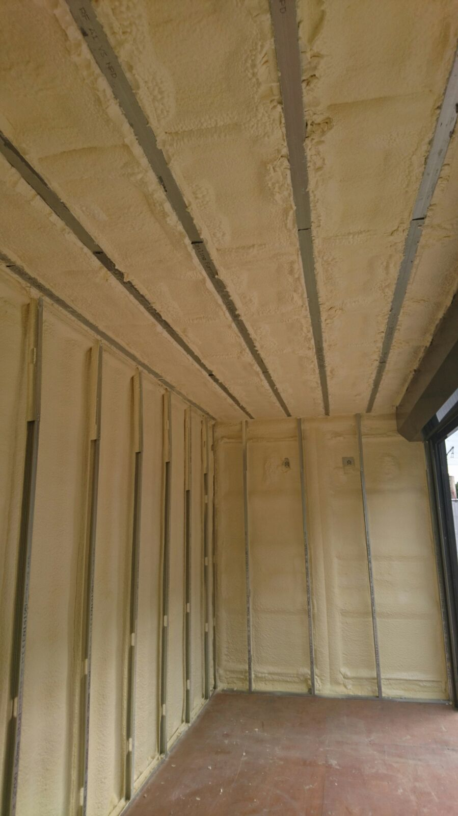 shipping-container-spray-foam-insulation